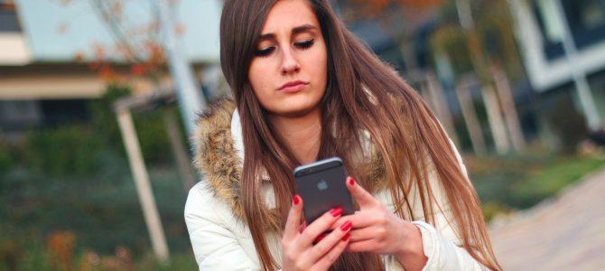 Espiar WhatsApp – ¿Qué es el Shoulder Surfing?